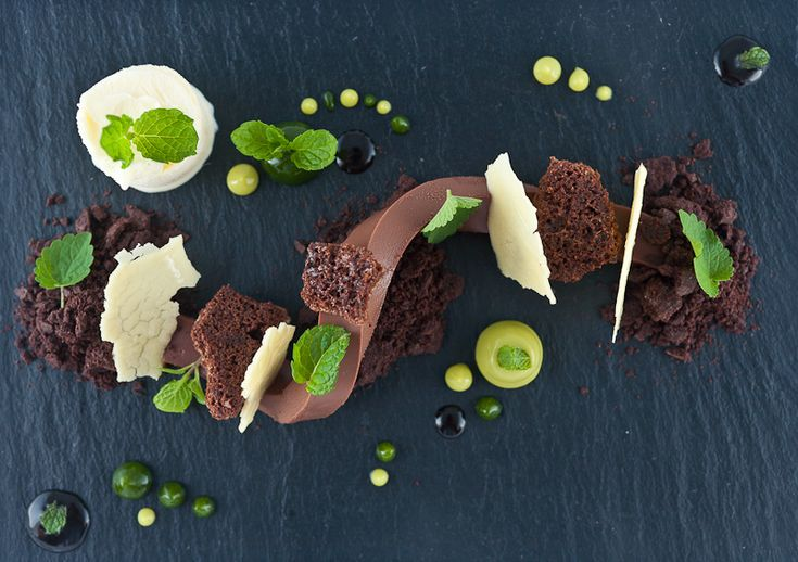 1357 best images about plated desserts on pinterest for Alinea desserte cuisine