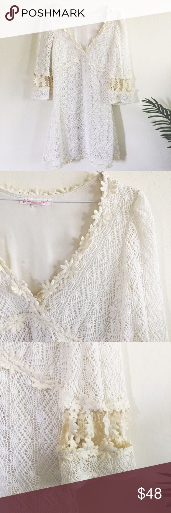 """Betsey Johnson Daisy Hippie Crochet Mini Dress Betsey Johnson daisy appliqué dress perfect for summer nights. Size 2 chest 34"""" length 31"""" cotton poly YES to: Bundle Discounts NO to: Trades / Modeling / Holds Thanks For Shopping My Closet 🌿 Betsey Johnson Dresses Mini"""
