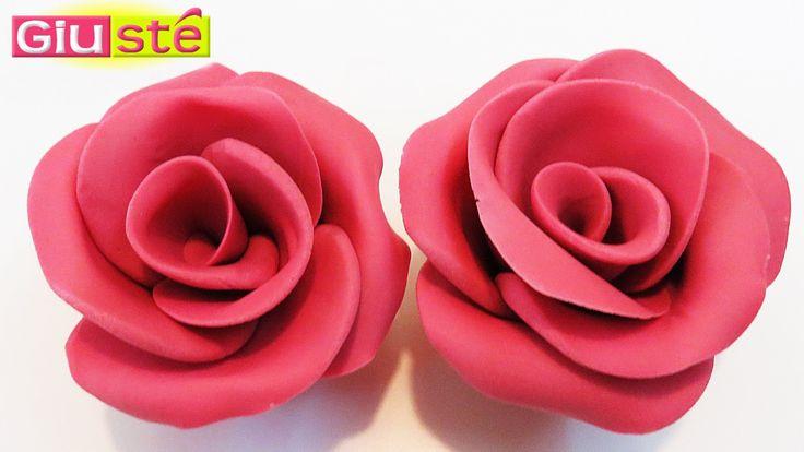 Astuce pour créer des roses en pâte à sucre sans moules (TUTORIEL)