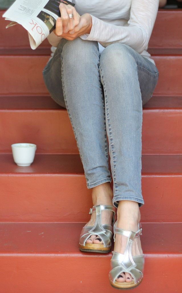 Wearing a low heel, open toe sandal clog from Sven Clogs in size 43 Sven Clogs - Silver Clogs The Height of Style http://www.theheightofstyle.com/tall-style-2/one-girls-gold-anothers-silver-sven-clogs/