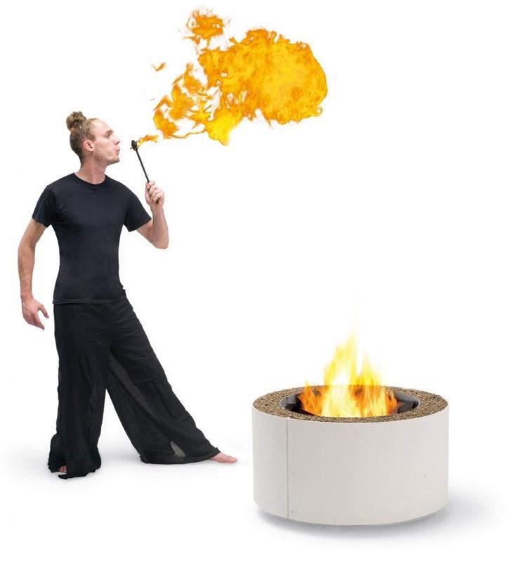 Fuego de dieño: Chimeneas de exterior Ak47