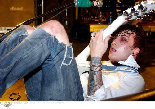 My Chemical Romance, music, frank iero, three cheers for sweet revenge era: