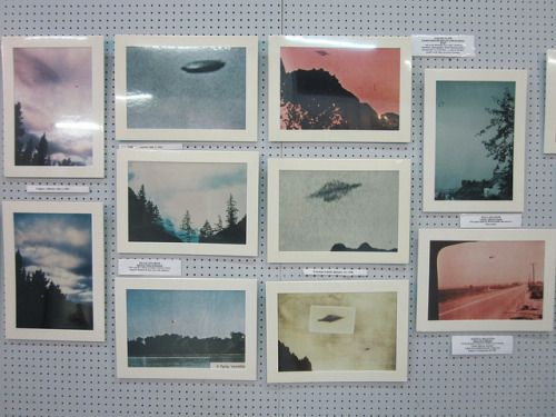 fatalwetdream:  ufo sightings by photosofnothing on Flickr.