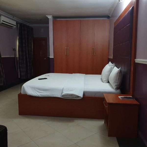 Hano Hotels And Suites Hano Hotels And Suites Is Situated In Port Harcourt And Features A Bar Among The Facilities Of This Property A Hotels Room Suites Hotel