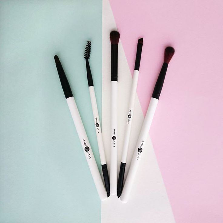 Socket Line Brush by Lily Lolo #5