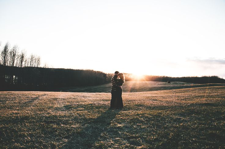 I will be doing so much printing in the coming weeks!! Honest love + Couples connection session + Bohemian + Couples photoshoots + Alberta, Canada, + Outdoor photoshoot