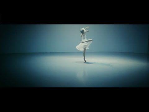 """Sia divulga nova versão do clipe de """"Alive"""" #Alive, #Clipe, #Japão, #M, #Música, #Noticias, #Nova, #Popzone, #Single http://popzone.tv/2016/03/sia-divulga-nova-versao-do-clipe-de-alive.html"""