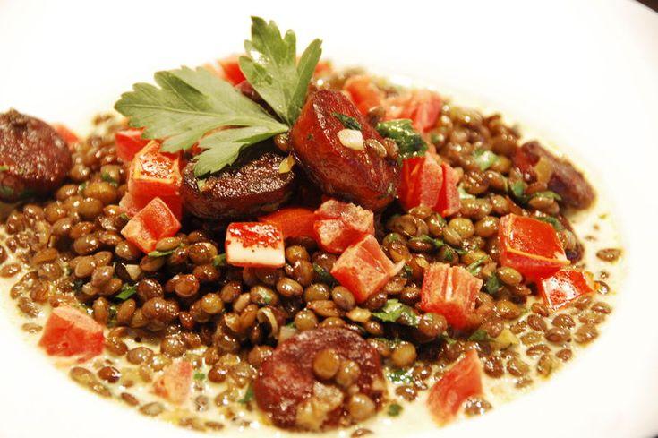 Lentilles vertes au chorizo, bouillon crémé pimenté