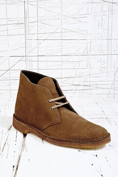 Clarks Originals Cola Suede Desert Boots at Urban Outfitters