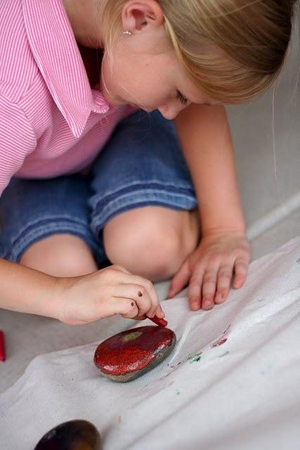 hot rock paintingSummer Crafts, Hot Rocks, Crafts Ideas, Kids Stuff, Broken Crayons, Kids Crafts, Rocks Painting, Rock Painting, Craft Ideas