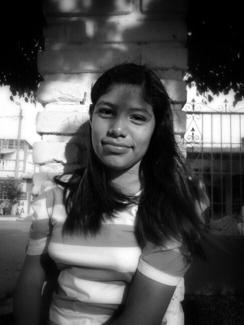 Retrato de una jovencita... A portrait of a young lady.