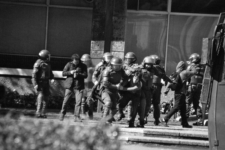 represion by vladimir  gavilan  on 500px