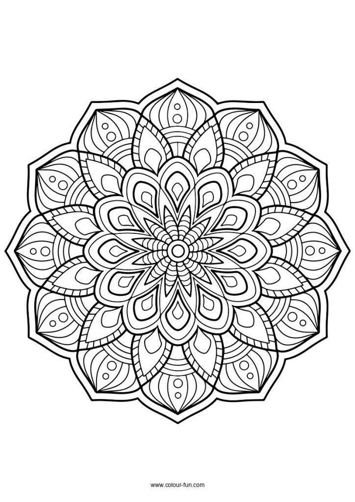 Coloriage Halloween Mandala