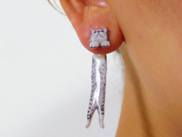 cat earring-cat's head in front and long dangling body in back