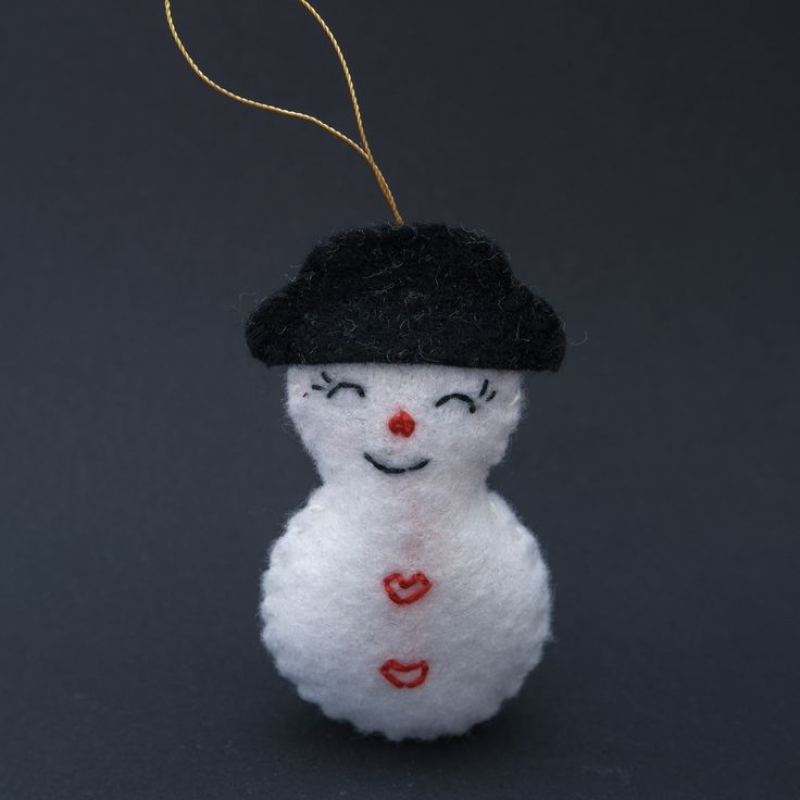 Loved snowman - love, lovely snowman, lovely decor, holiday decor, christmas, christmas eve - by HalloweenOrChristmas on Etsy
