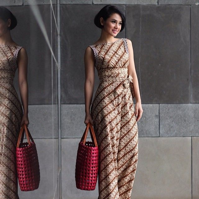 B l t long dress batik