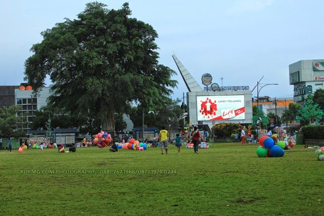 Alun-alun Purwokerto Sore Hari - Photo by KLIKMG.COM Photography (Photographer Purwokerto / Photographer Banyumas / Photographer Indonesia)
