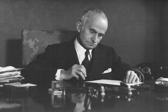 Luigi Einaudi  (1874-1961)