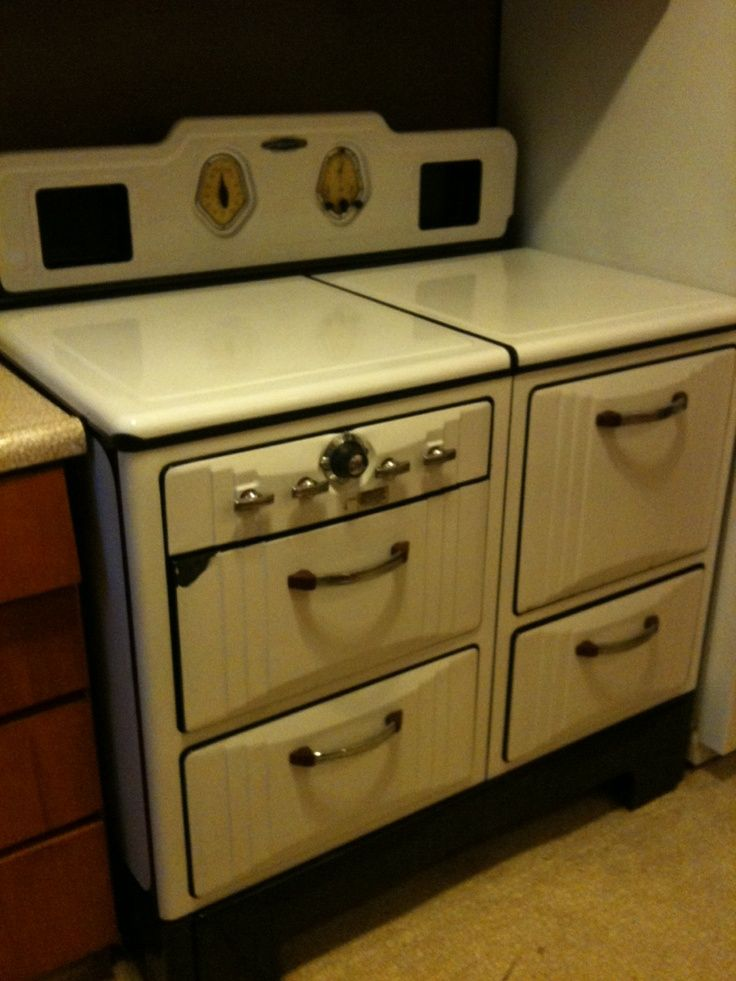 Kitchen Island Back Panel Ideas 1940's Gaffers & Sattler Stove. | Vintage Kitchen