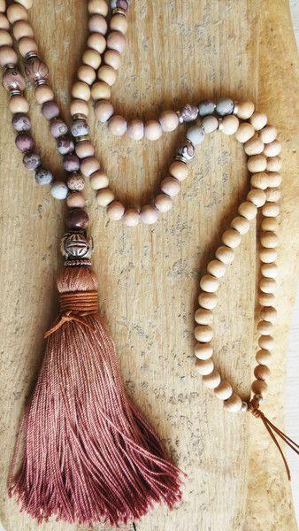 Charm- & Bettelketten - Mala Kette, Jaspis Quaste taupe natur creme silber - ein Designerstück von weibsbild bei DaWanda