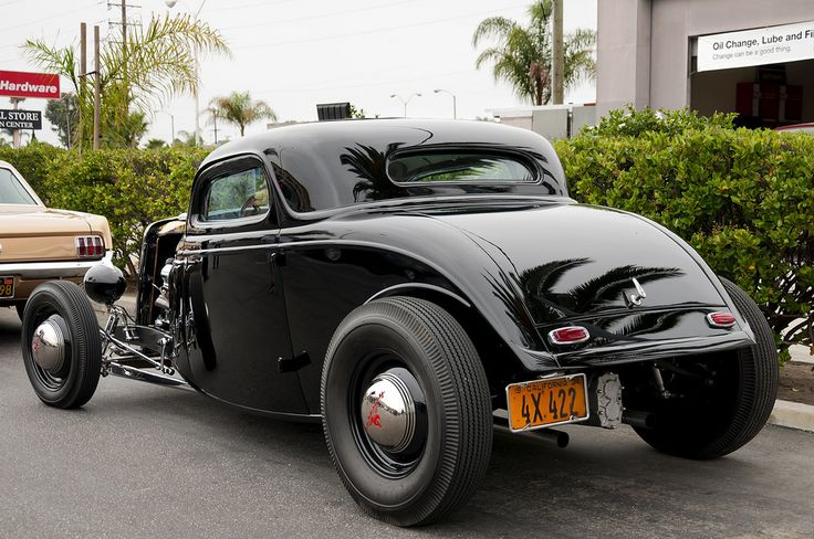 1934 Ford 3window coupe, rear '33 & '34 Fords Hot rod