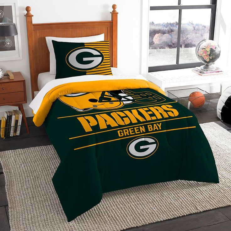 "Green Bay Packers Nfl Twin Comforter Set (draft Series) (64"" X 86"")"