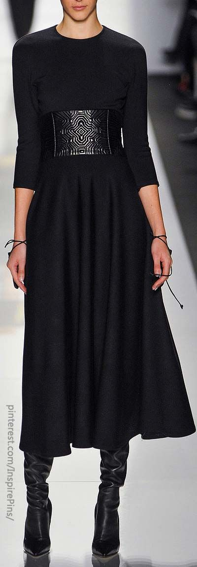 Loving the wide belt with a long skirt and boots. Chado Ralph Rucci. #work wear. #winter. via #thedailystyle.