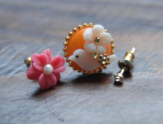Cubic  Flower  Orange Bird Set. shellcubic pearl by bijouroom, $18.00