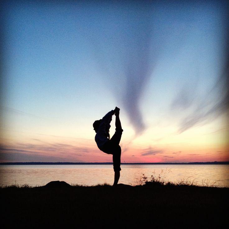 Scorpion, Cheerleading, cheer stretch, sunset, pnw ...