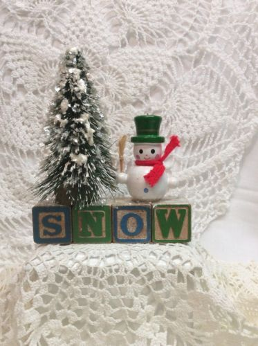 """Vintage Alphabet Blocks """"Snow"""" Christmas Bottle Brush Tree Snowman in Collectibles, Holiday & Seasonal, Christmas: Modern (1946-90), Other Modern Christmas 