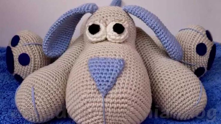 http://amigurumi.com-download.ru/sobaka.php Амигуруми: Собака. Бесплатная схема для вязания игрушки. FREE amigurumi pattern. #амигуруми #amigurumi #схема #pattern #вязание #crochet