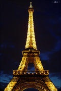 [파리 에펠탑]  해제: 에펠탑의 건축가인 프랑스의 기술자 A.G 에펠의 이름을 따서 에펠탑이라고 명명되었다. 약 300M의 굉장한 높이다. 이것이 세워졌을 당시에는 몇몇의 예술가로부터 비판의 목소리를 듣기도 했지만 지금은 프랑스 파리의 상징이자 주요 관광지로 자리잡았다.  감상: 나에게 파리라는 곳은 예술과 문화의 도시라는 이미지다. 생각만 해도 가슴이 설레는 곳이다. 에펠탑은 그런 파리의 풍경을 가장 잘 대표해주는 건물같다. 에펠탑만 봐도 나는 설레임을 느낀다. .