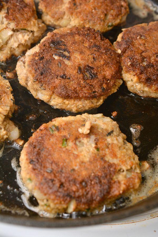 Las mejores empanadas de salmón Keto! Empanadas de salmón bajas en carbohidratos con chicharrones – Rápido y fácil …