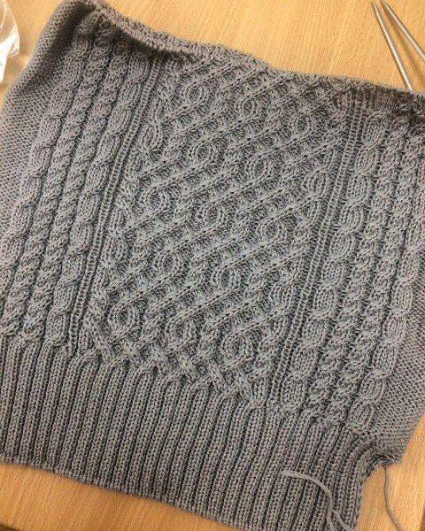 Миллениум 100% меринос екстра файн в работе  #магазинхомяк #вязание #онавяжет #вязаниесволшебством #пряжаиталия #киевпряжа #вязаниеназаказ #knitting #knit #weather #winter