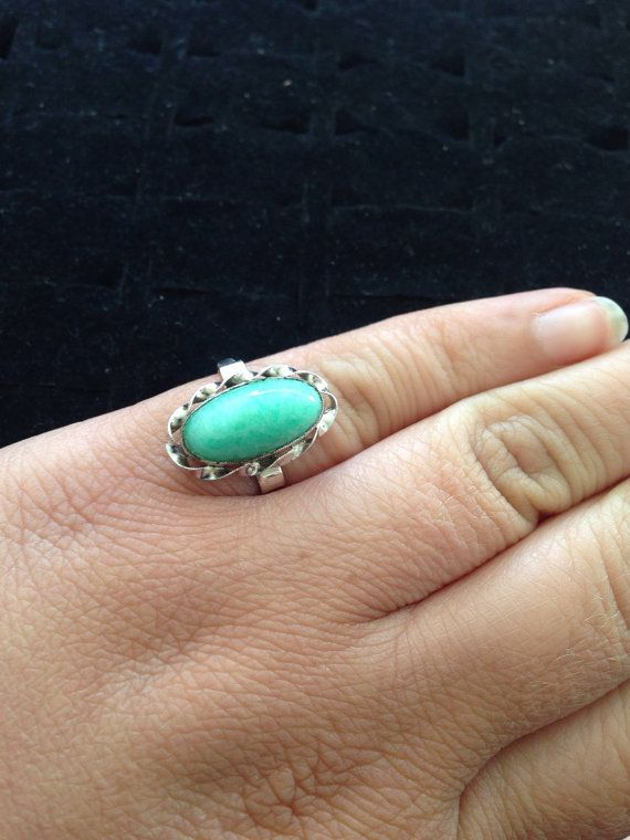 Vintage sterling silver green/ blue stone ring. by ThreeBearsBrown