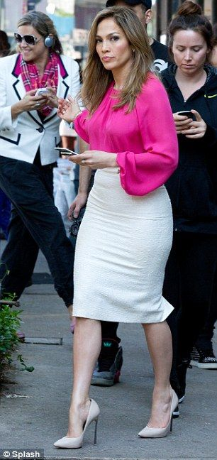 Pencil skirt accentuate curves! Which I have plenty of and why I love pencil skirts!