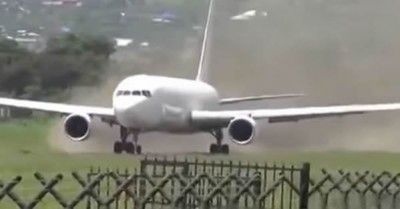 It must be a world record for shortest takeoff with a Boeing 767