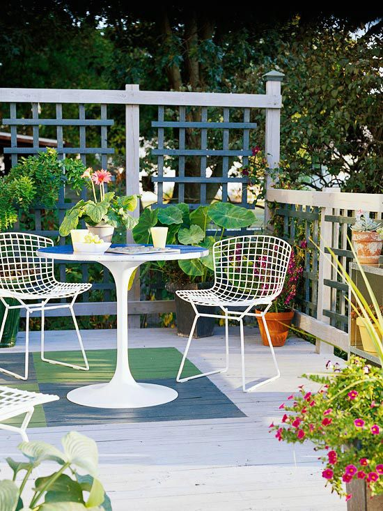 28 best images about garden on pinterest trees and for Deck trellis