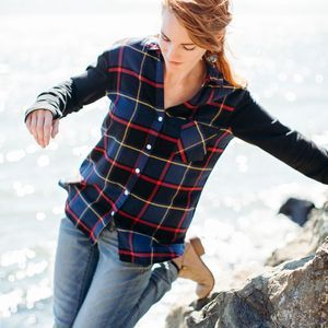 Women's Flannel Shirt With Thumbholes