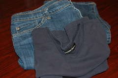 How to make maternity jeans out of regular jeans and a t-shirt. Easy peasy!