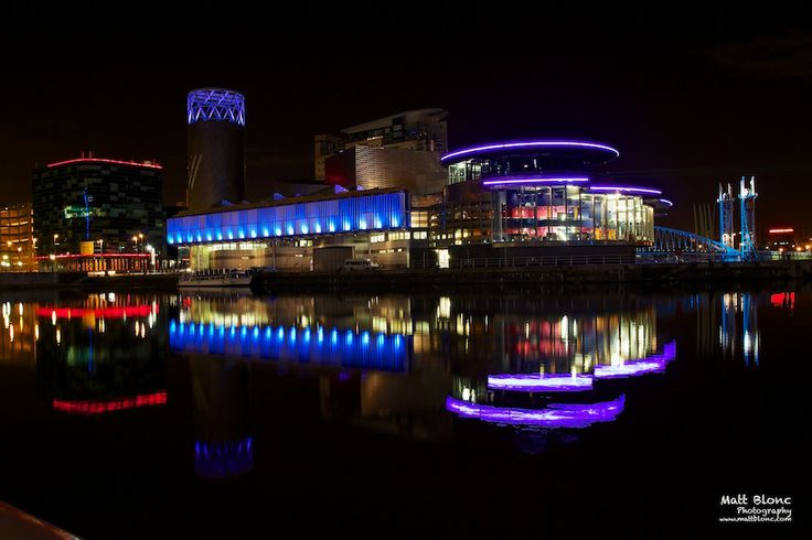 Lowry Art Gallery in Salford Quays, Manchester