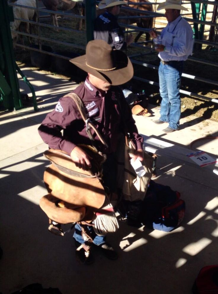 Cody DeMoss goes for a fourth set of Silver Spurs tonight. #RenoRodeo pic.twitter.com/jzYkXGfONd
