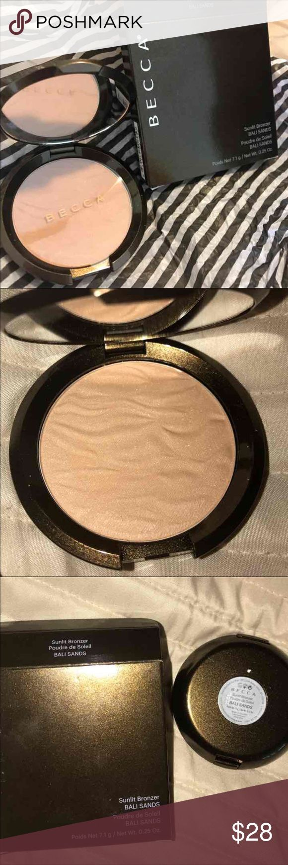 """NWT! BECCA SUNLIT BRONZER """"BALI SANDS"""" New product. LOVE IT!! Shade is """"BALI SANDS"""". Price is firm unless bundled. Thanks for looking. BECCA Makeup Bronzer"""