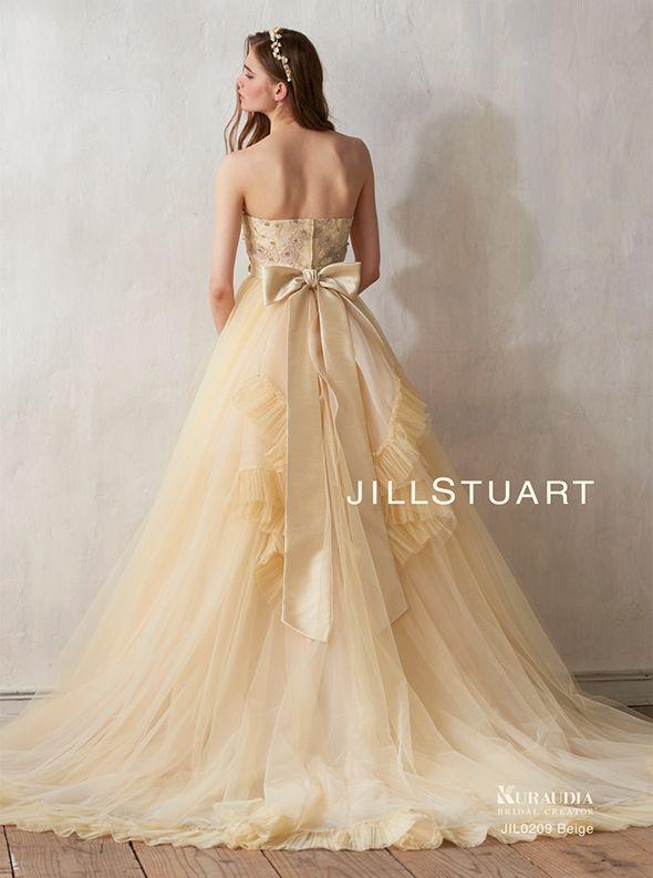 アクア・グラツィエがセレクトした、JILLSTUART(ジル スチュアート)のウェディングドレス、JIL0209 BEをご紹介いたします。