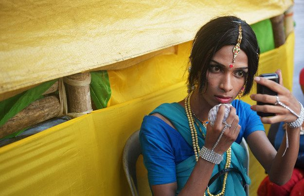 It is a familiar sight to many to see third-gender Indians asking train travellers for donations.