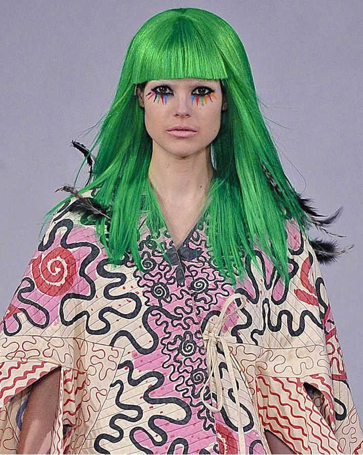 Designer: Zandra Rhodes. Her works mostly were disorganized prints, artistic yet it still followed technical element which was repeating