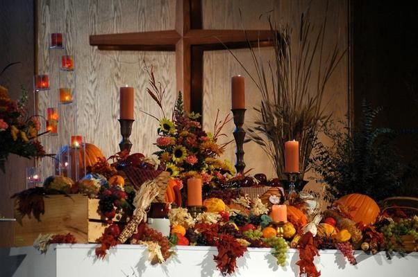 Thanksgiving altar decorations