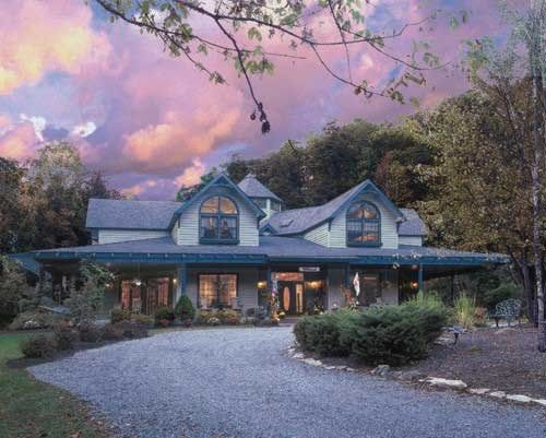 Eight Gables Inn in Gatlinburg, TN.   Lovely b/resort to stay in at the foot of the Smoky Mountains!