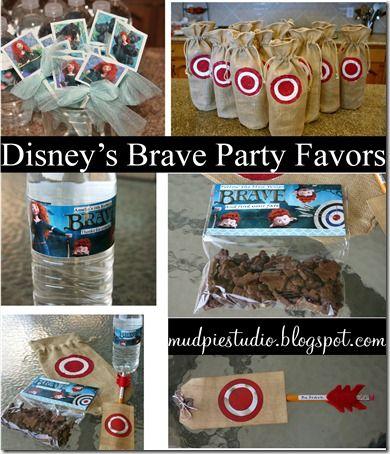 Disney Brave Party Favors | podria usar yute como paea la bolsa de dulces con la mira como decorado y un lapiz-flecha incluido en los dulces.