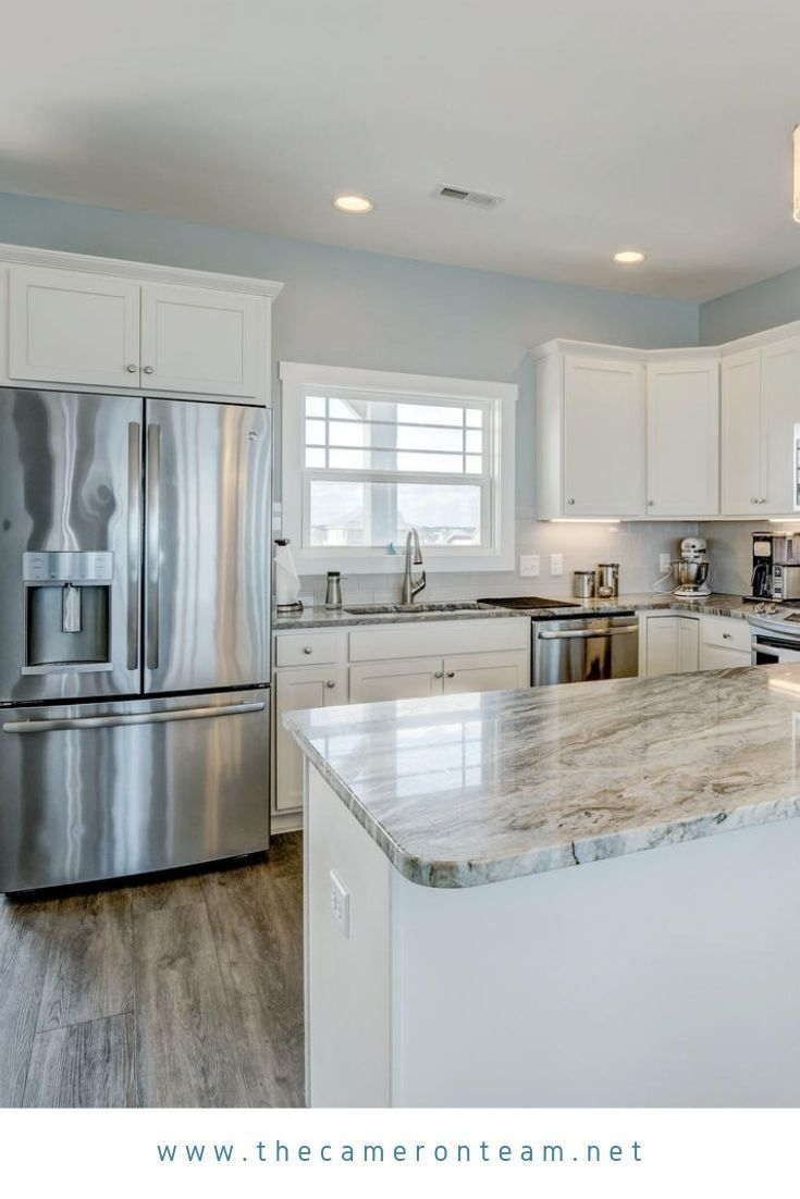 1603 N Shore Drive B Surf City Nc 28445 In 2020 Kitchen Remodel White Kitchen Floor White Kitchen Appliances